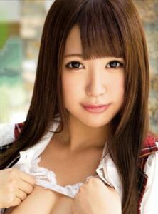 元AKB48逢坂はるな