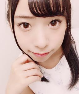 咲坂花恋元チェキッ娘